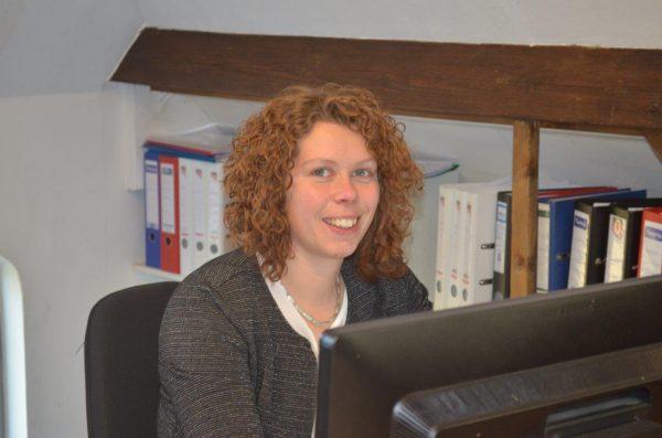 Lia Jalink-Bruins, administrateur, l.jalink@ceb-overijssel.nl