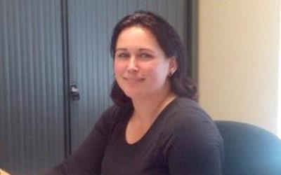 Melanie Dibbets, administrateur, m.dibbets@ceb-reusen.nl